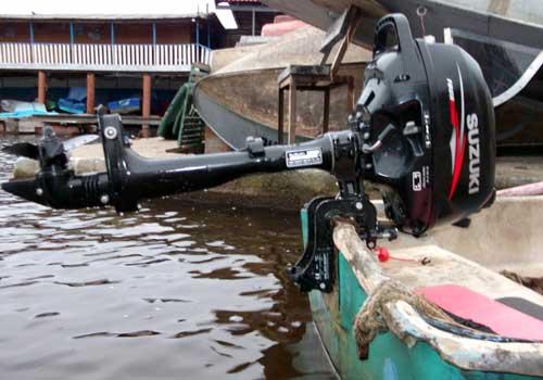 на лодочный мотор 5 л с нужны права на